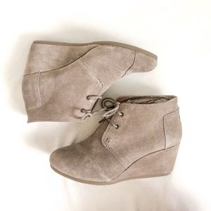 Toms Desert Suede Lace-Up Wedge Booties 11
